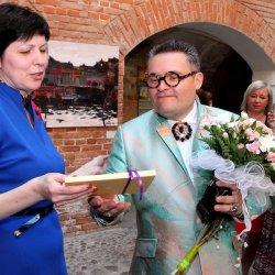 A. Vasiļjeva fonda kāzu tērpu izstāde