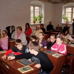 Senās skolas klase