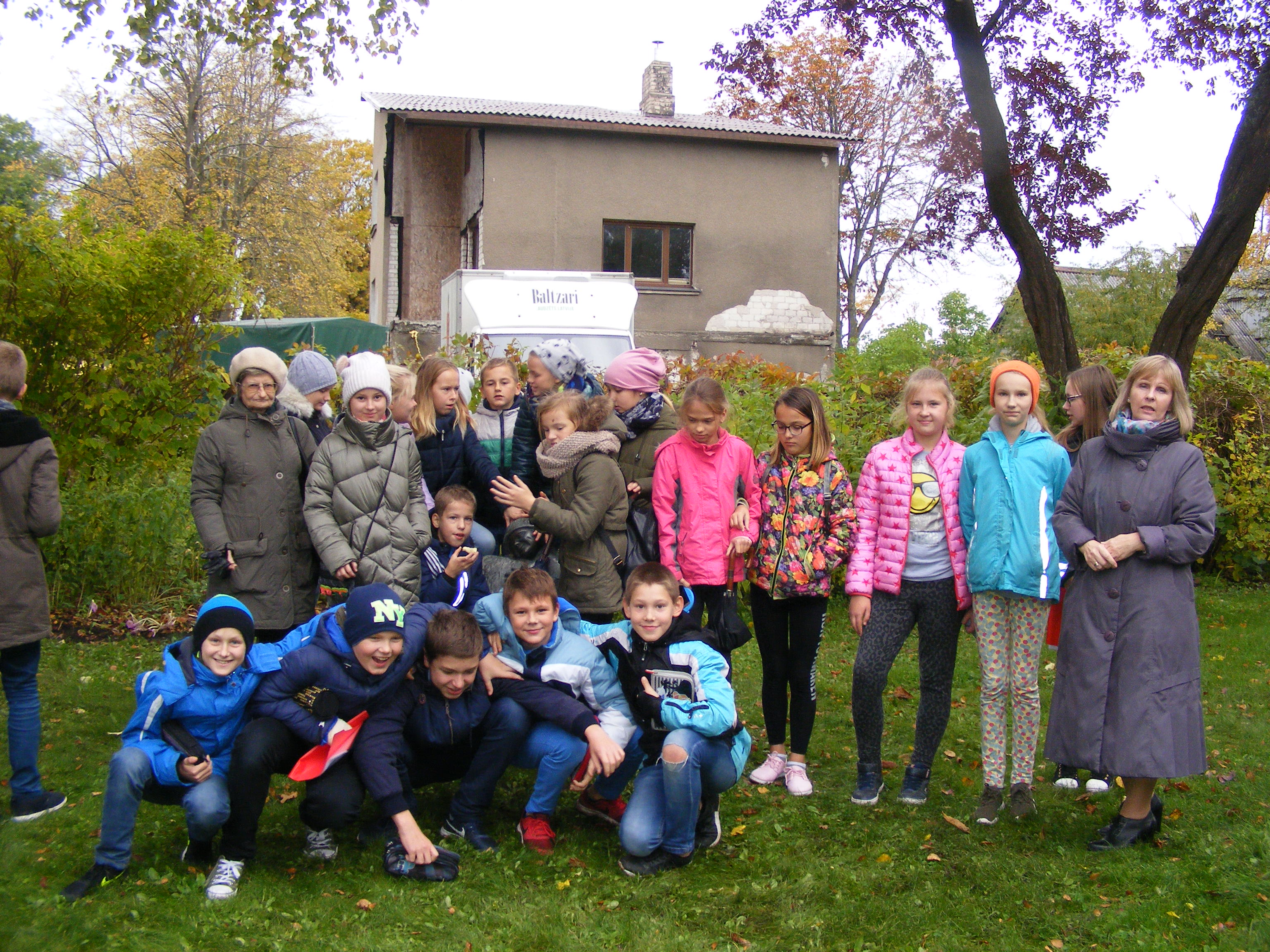 Ventspils 6.vidusskolas 5.b klase ciemojas H.Dorbes muzejā