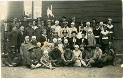 Ventspils strādnieku arodbiedrības kluba kolektīvs lugā Ķīnas dziļumi_1927_gads