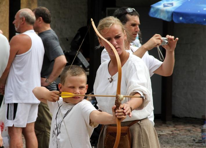 Šauj ar loku Ventspils muzejā